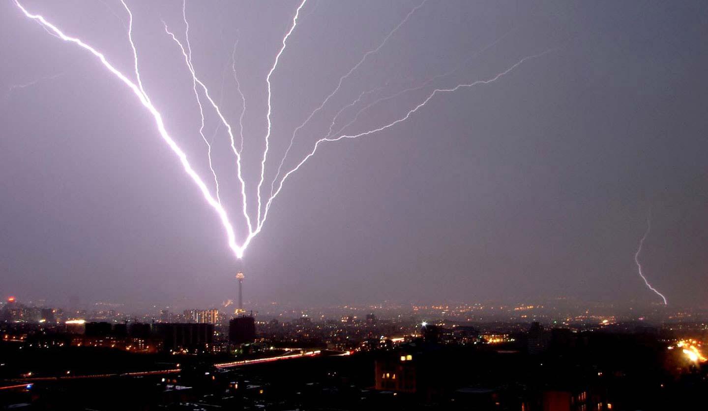 Что будет с человеком если рядом ударит молния